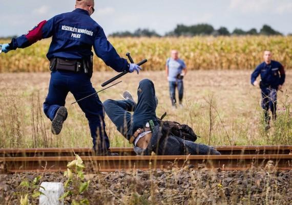 Migrant breakout